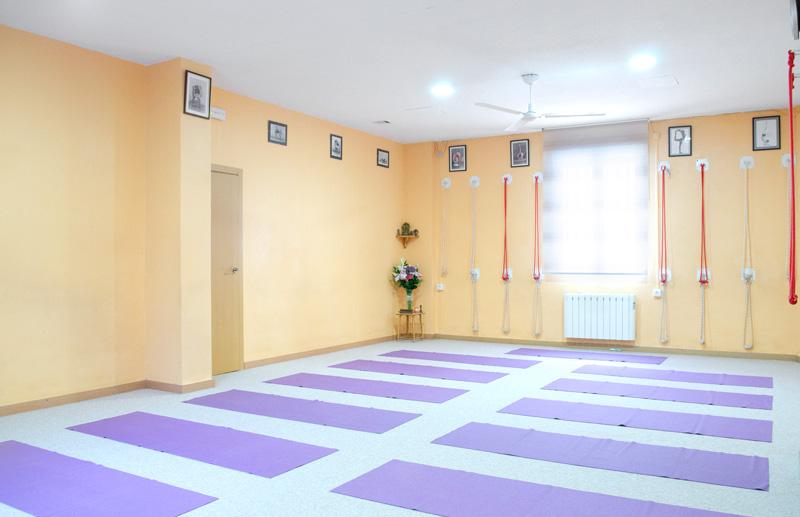 Clases de Yoga Iyengar en Madrid